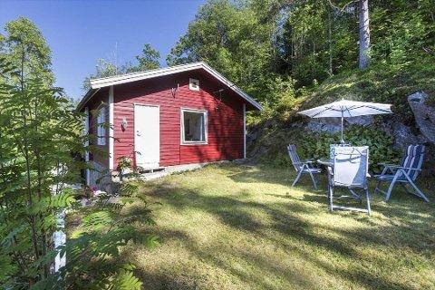 Denne hytta i Markusløkka 6 på Vinterbro var til salgs for én million kroner i juli 2018.
