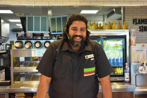 BURGER KING: Vishal Gill driver begge Burger King restaurantene i Vestby.
