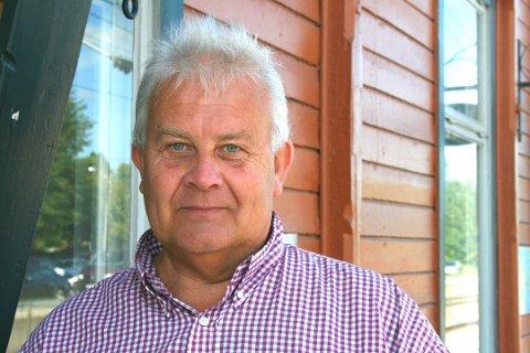 """ÅPEN FOR DEBATT: Jan Vidar Magnussen stiftet og administrerer gruppen """"Ås kommunes venner"""" med over 11.500 medlemmer på Facebook. Han sier at politisk debatt i gruppa er velkommen."""