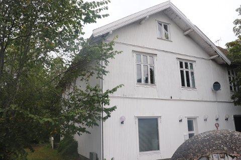 VIL HA VERN: Flertallet i fylkesutvalget ønsker at vern av historiske bygg som Tandberggården tillegges større vekt i sentrumsplanen.