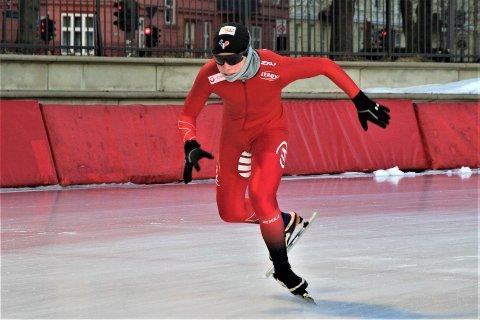SATSER: Linus August Risnes er en av de mest lovende skøyteløperne på sitt alderstrinn i Norge og er spent på hva denne sesongen kommer til å bringe.
