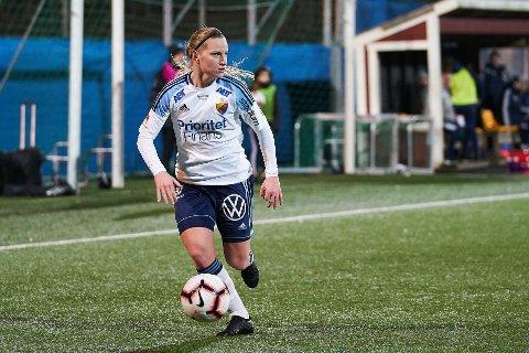 GOD: Ås-jenta Camilla Huseby og Djurgården er klare for en ny sesong på svensk toppnivå ettersom de forrige helg vant sin kamp på hjemmebane.