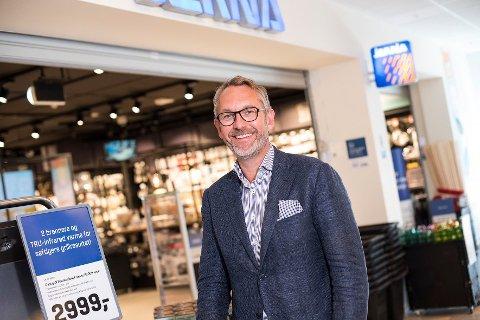STENGER LAGER: Jernia-sjef Espen Karlsen melder til Ås Avis at det nasjonale lageret på Vinterbro blir stengt på mandag.