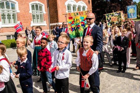 AVLYSES: De tradisjonelle barentogene i Ås kommune 17. mai avlyses på grunn av korona