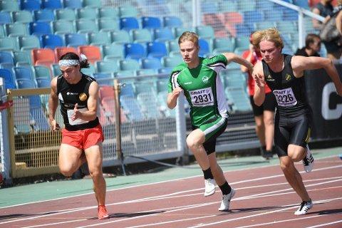 VENTER PÅ KLARSIGNAL: Per Ellef Aalerud har lyst til å se titallet på 100-meter når stevnesesongen starter i løpet av sommeren.
