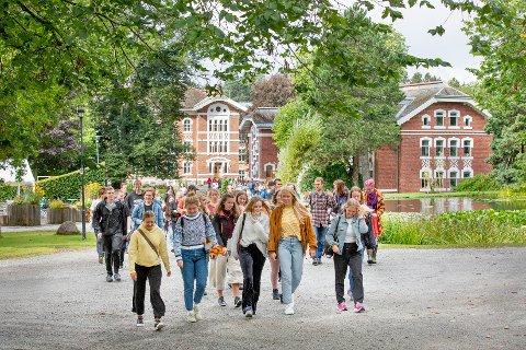 FORNØYDE, MEN ENSOMME:  Studentene ved NMBU er mest fornøyde i landet med studieprogrammet de har valgt, men stadig flere sliter med ensomhet. ARKIVFOTO