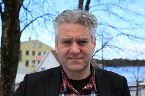 KRITISK TIL GJENÅPNING AV ÅS-SKOLENE: Dag Nestegard (SV).