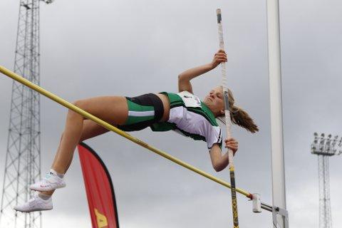 TIL TOPPS: Mari Henriksen debuterte med UM-gull i sitt første nasjonale mesterskap.