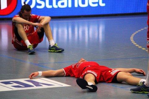 UTSLÅTT: Haslum-spillerne depper etter tapet mot Elverum borte.