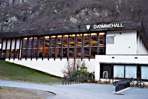 Sunndal svømmehall vil bli stengt i ti uker fra mandag.