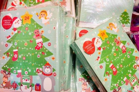 Nordmenn planlegger å bruke hundrevis av kroner på julekalender i desember.