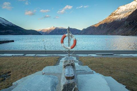 Fjordparken: SNE må skaffe til veie et fullverdig erstatningsareal for Fjordparken, det gjelder også badeplassen.