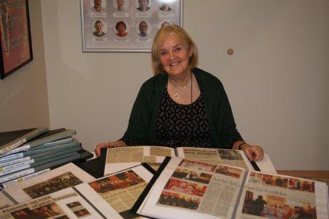 Mye historie! 40 år samlet mellom mange permer. Heidi Engesvik Gjerde har gjort en omfattende jobb med utklippsarkivet.