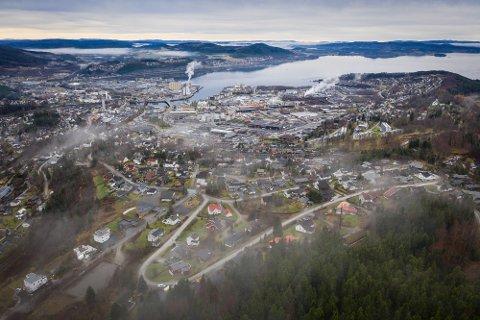 FÅR KONKURRANSE: Steinkjer er blant kommunene i Trøndelag som ønsker seg batterifabrikk og minst 2.000 nye arbeidsplasser. Det gjør også mange kommuner utenfor fylket.