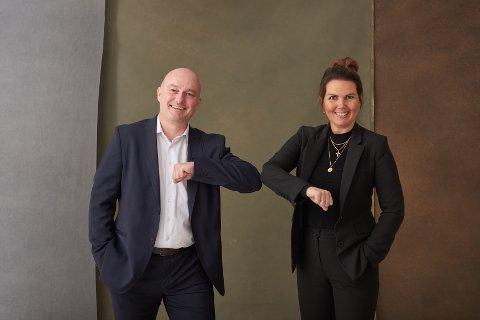 Samarbeid i Kristiansund: Adm.banksjef i Sunndal Sparebank, Jonny Engdahl, sammen med daglig leder i NEM Eiendomsmegling Maria Alvheim Klinge.
