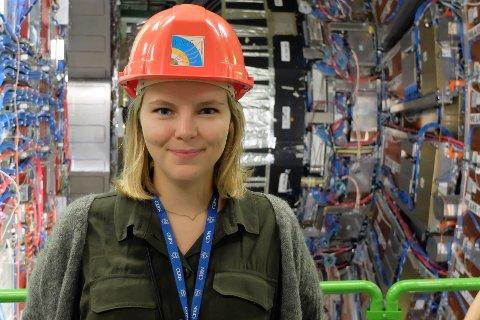 Eli Bæverfjord Rye (30) er inne i sitt tiende år som student, og hun tar nå en doktorgrad innen partikkelfysikk.