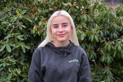 Leder: Hedda Haugen er leder for Ungdomsrådet i Møre og Romsdal dette året, og savner bedre informasjon ut til de unge. – At situasjonen rundt eksamen ble avgjort så sent, er en skam, mener hun.