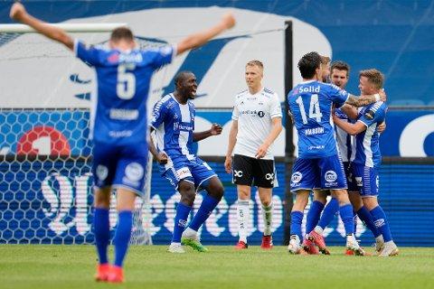 Sarpsborg 08s Joachim Thomassen setter inn 0-1 under eliteseriekampen i fotball mellom Rosenborg og Sarpsborg på Lerkendal Stadion. Foto: Ole Martin Wold / NTB