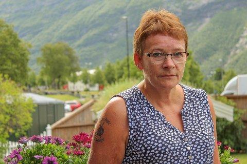 Anne Lise Botnvik (60) står uten jobb og inntekt. – Det har vært trist og vanskelig, forteller hun.