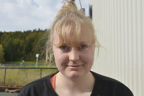 ÆRLIG: Agnete Aasbø fra Gjerstad sier det stort sett som det er. På bloggen  «Agnetes Verden» forteller hun om både tvangstanker og kroppstyranni med en humoristisk vri.