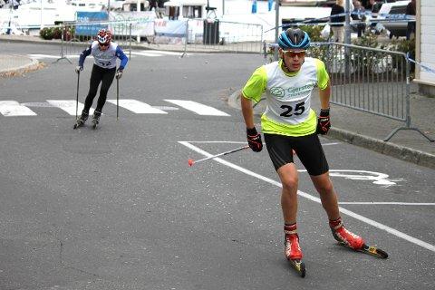 MEDALJEGROSSIST: Magnus Sørbø har på en uke sikret seg tre medaljer under Risør Festuke, etter to førsteplasser og en andreplass.