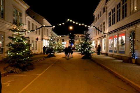 VELKOMMEN: Ordføreren ønsker velkommen til julefeiring i Risør - forutsatt at man holder seg til reglene og er aktsom på egnes og andres vegne.