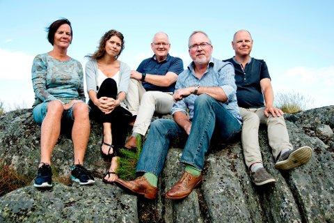 De fem toppkandidatene for AP, fra venstre Ragni MacQueen Leifson, Elen Lauvhjell, Jens Høibø, Per Kr. Lunden og Sigbjørn Tønnesland har skrevet dette innlegget vedrørende skolene i Risør.