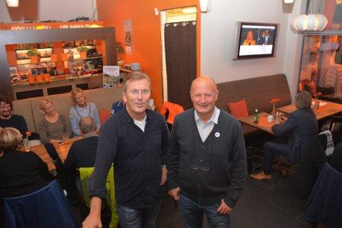 Dag Jørgen Hveem (t.v) er ordførerkandidat ved dagens valg og representerer Venstre. Til høyre står Petter Emil Gundersen som er varaordførerkandidat i samarbeidet.