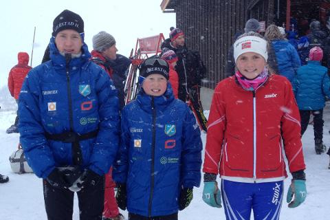 NYE SEIERE: Magnus Sørbø (til venstre) og Oda Ertzeid (til høyre) vant begge i helgens skirenn. I midten er Halvor Sørbø, som ble nummer tre  på Drangedalsrennet. Bildet er tatt tidligere denne sesongen.