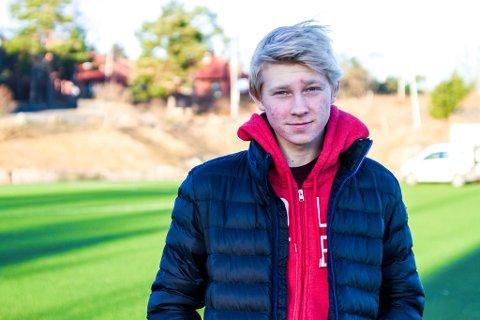 SPENNENDE TID: Fredrik Dørsdal (18) får vise seg frem for Odd-trener Dag-Eilev Fagermo på La Manga den neste tiden.