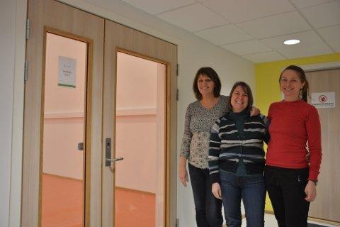 ILDSJELER: Grethe Rasmussen Økland, Marianne Løvdal og Karin Oseid er tre av fem engasjerte som nå starter etablerer et treningssenter på Sørlandet Helsepark. Jette Grefstad og Marte Jakobsen Rasmussen var ikke tilstede da bildet ble tatt.