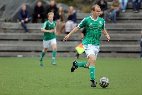 STANGET INN LEDELSEN: Bjørnar Naume headet inn hjørnesparket etter tjue minutters spill og fikset 1-0. Her fra en tidligere kamp.