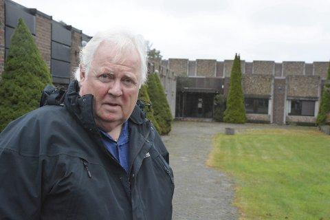 Overveldet: Den pensjonerte journalisten Yngve Tørrestad klarte ikke sitte stille da han så hvilket engasjement helsehuset på Tjenna genererte. Nå har han startet en folkekampanje.Foto: HPB