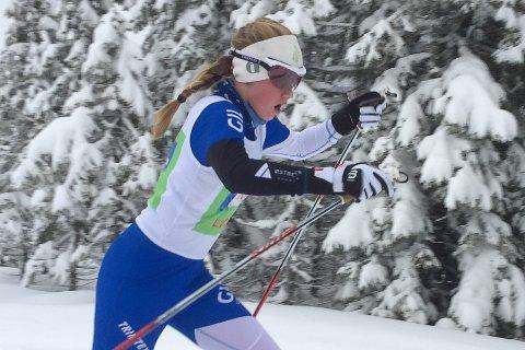 SMADRET KONKURRENTENE: Kristine Louise Kvamme tok en overlegen sammenlagtseier i Tour de Hedmarken.