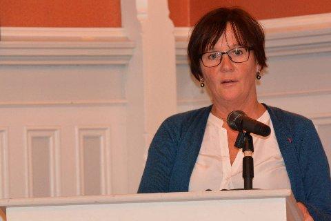 VILLE IKKE PRIORITERE KYSTSTI: Ragni MacQueen Leifson og de øvrige to Ap-representantene i formannskapet stemte nei til videre kyststiprosjekt nå, men fikk ikke flertallet med seg.Foto: arkiv