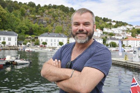 Forfatter Bård Nylund stakk av med Sørlandets litteraturpris.