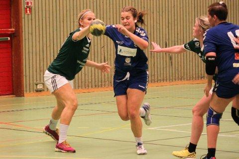 SEKS MÅL: Veronica Aanonsen, her mot Randesund 3, scoret seks av Risørs 24 mål mot Lia/Grimstad.