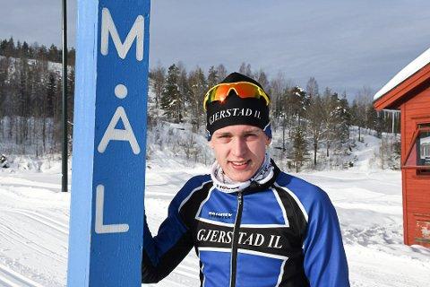 SUVEREN: Magnus Sørbø var først i mål etter 26 kilometer klassisk i Vegårshei.