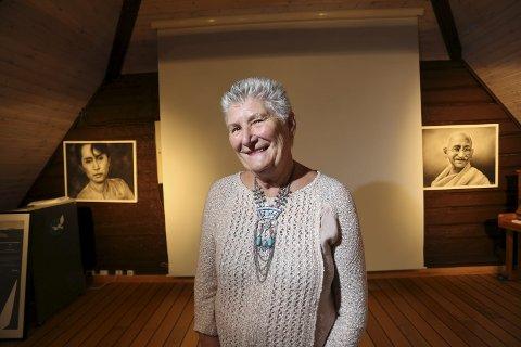 Helga Arntzen mottok torsdag Setsdalsprisen for sitt arbeid med fredssenter og hotelldrift i Bygland kommune. Foto: Arkiv.