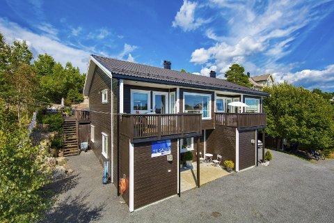 Solgt i Risør: Oterlia 19 B ble 6. mars solgt for 2,1 million kroner fra Andina Sundsdal Hurv til Stine Hommelsgård Hovde.Foto: Raadhuset eiendomsmegling