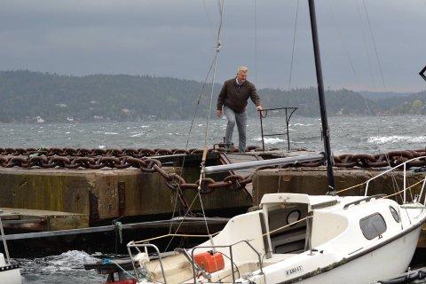 VÅTT OG GRÅTT: Fredagen kan man trygt planlegge for inneaktiviteter, da det på kysten blir mye nedbør og mye vind.Foto: Arkiv