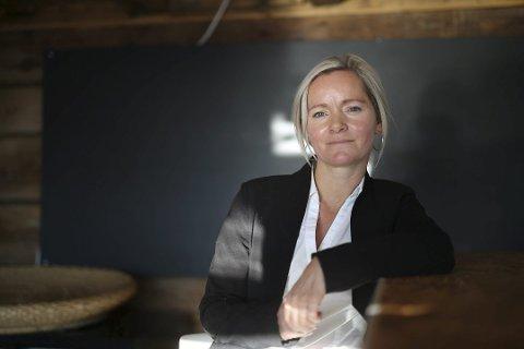I mars i fjor annonserte Kamilla Solheim at hun ga seg som næringssjef. Nå har hun takket ja til jobben som kommunalsjef for samfunnsenheten, etter Nils Martin Andersen.