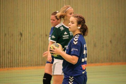 TIMÅLSSCORER: Veronica Aanonsen scoret ti mål for Risør mot Randesund 3 lørdag. Her fra det motsatte oppgjøret i oktober.