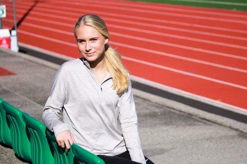 PÅ REKRUTTLANDSLAGET: Anne Hjorth Arntsen (18) fra Risør er tatt ut på rekruttlandslaget.
