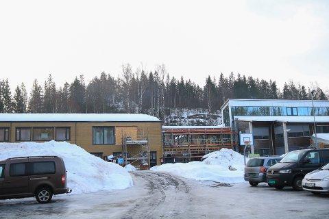 SNART KLAR: Det er ikke mange månedene til den nye Abel skole står ferdig. Og med flere elever trengs også flere inspektører.