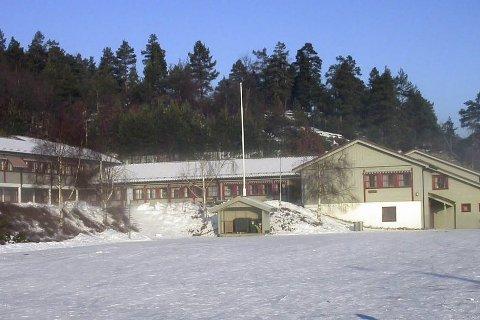 KLUBBHUS?: Gjerstad idrettslag har behov for eget klubbhus. Nå snuser de litt på muligheten til å overta deler av Fiane skole.