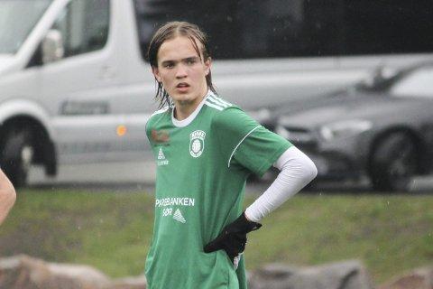 FRISPARKMÅL: Jens-Kristian Heistad satte inn 3-2-målet for Risør i starten av andre omgang. Det ble til slutt 4-3-seier for grønntrøyene hjemme mot Birkenes tirsdag kveld.