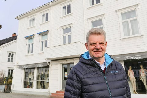 GÅTT UT AV TIDEN: Mangeårig leder for seilforeningen og en baut i lokalsamfunnet i Risør, Kåre Karlsen, døde onsdag. Han ble 61 år gammel.