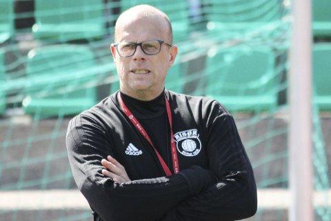 KJEMPESMELL: Risør tapte hele 0-7 for Imås i vinterens tredje treningskamp.