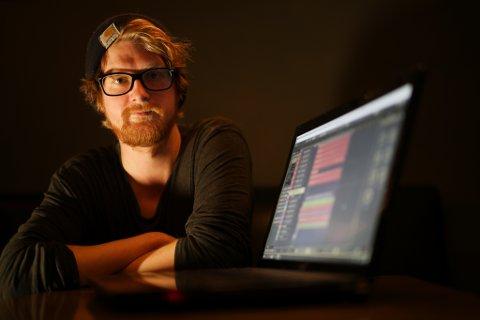 – At jeg nå har fått jobber for et musikkstudio i Oslo, er min dør til en framtid som musikkprodusent. Jeg føler at jeg har fått plassert gullstøvelen på riktig sted, sier Thomas Kirkhusmo (29).